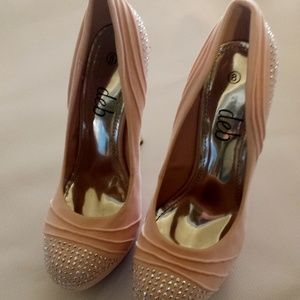 NEW Deb Stiletto Dress Shoes Pump Platform SZ 8